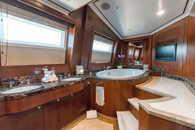 2009 MONTE FINO 122 Commercial Vessel 2435881