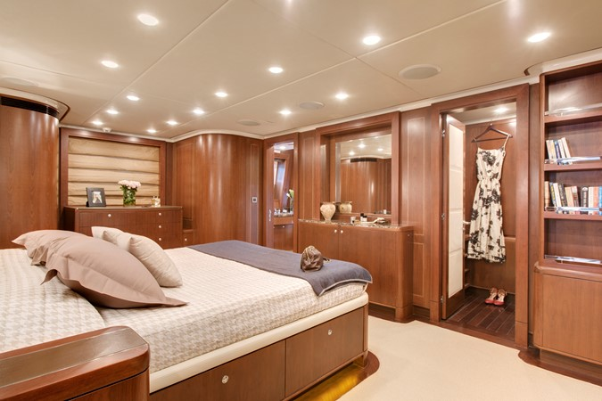 2009 MONTE FINO 122 Commercial Vessel 2435891