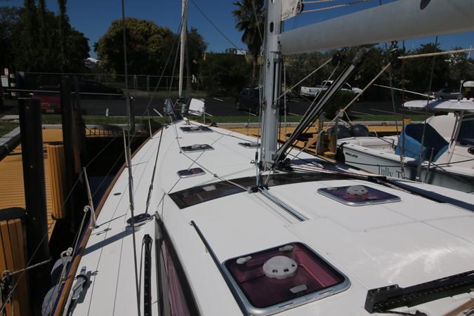 2011 JEANNEAU 53 Cruising Sailboat 2488972