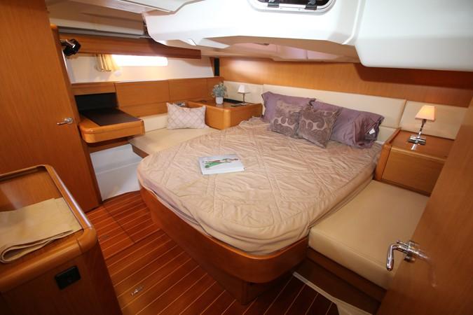 2011 JEANNEAU 53 Cruising Sailboat 2488978