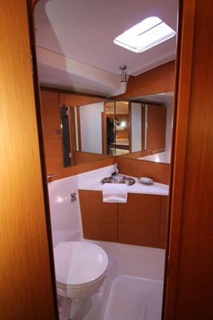 2011 JEANNEAU 53 Cruising Sailboat 2488981