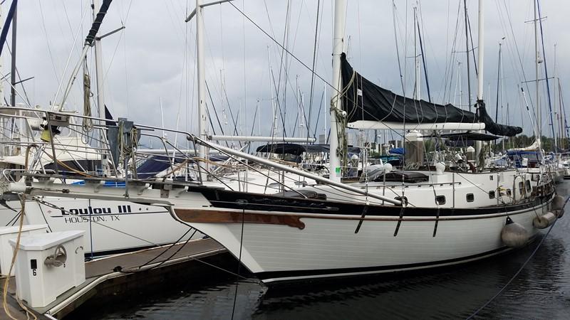 1981 MARINE TRADER  Classic Yacht 2438307