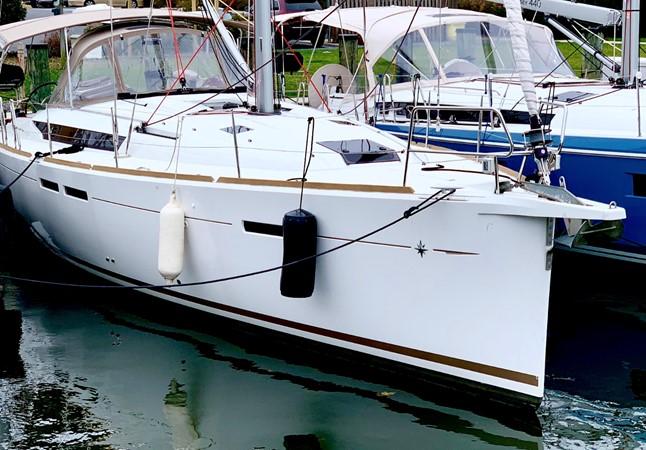 2017 JEANNEAU 449 Cruising Sailboat 2440457