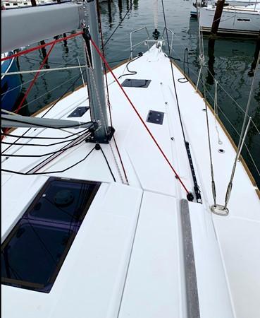 2017 JEANNEAU 449 Cruising Sailboat 2440466