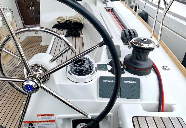 2017 JEANNEAU 449 Cruising Sailboat 2440472