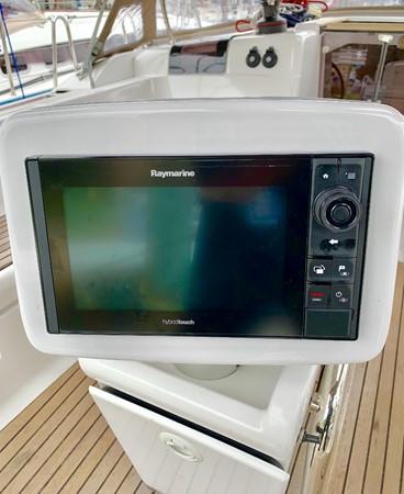 2017 JEANNEAU 449 Cruising Sailboat 2440473