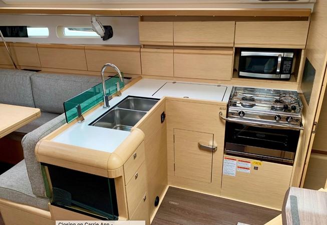 2017 JEANNEAU 449 Cruising Sailboat 2440481