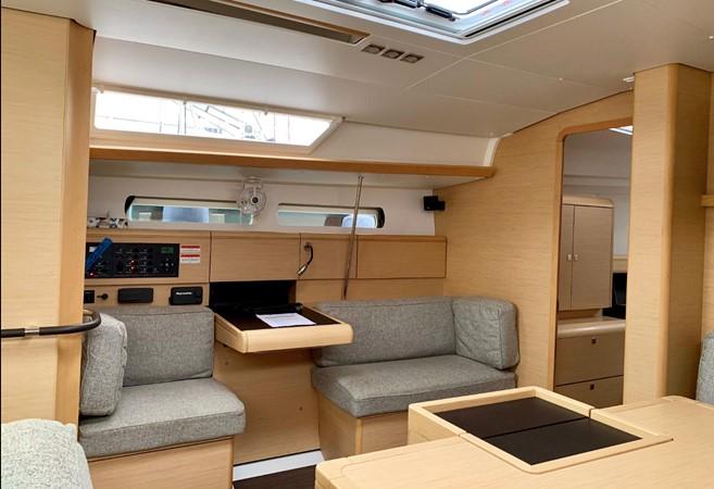2017 JEANNEAU 449 Cruising Sailboat 2440484