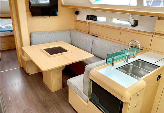 2017 JEANNEAU 449 Cruising Sailboat 2440486
