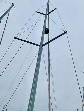 2017 JEANNEAU 449 Cruising Sailboat 2440507