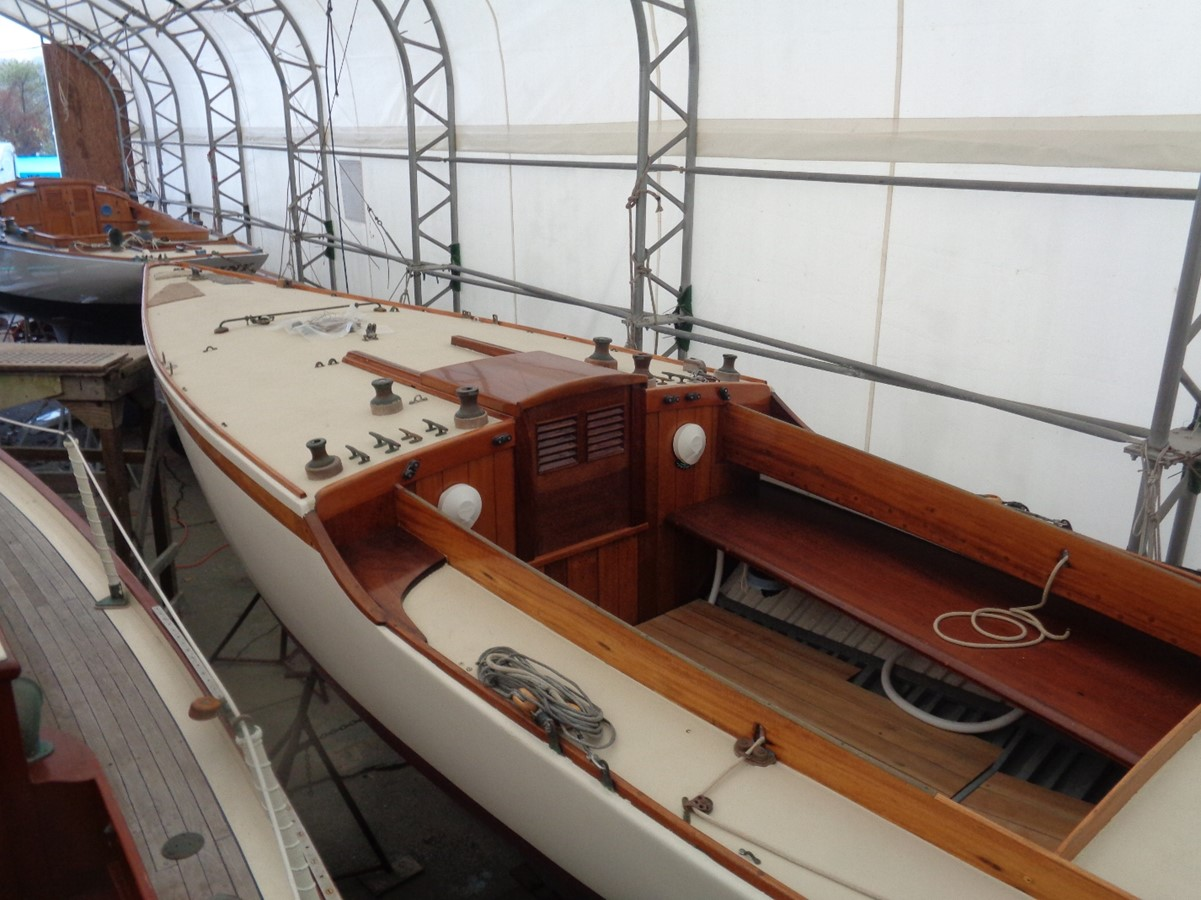 1920 NEVINS  Classic Yacht 2440617