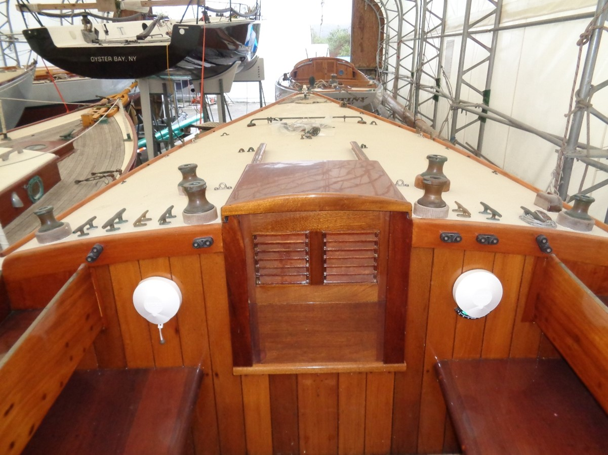 1920 NEVINS  Classic Yacht 2440619
