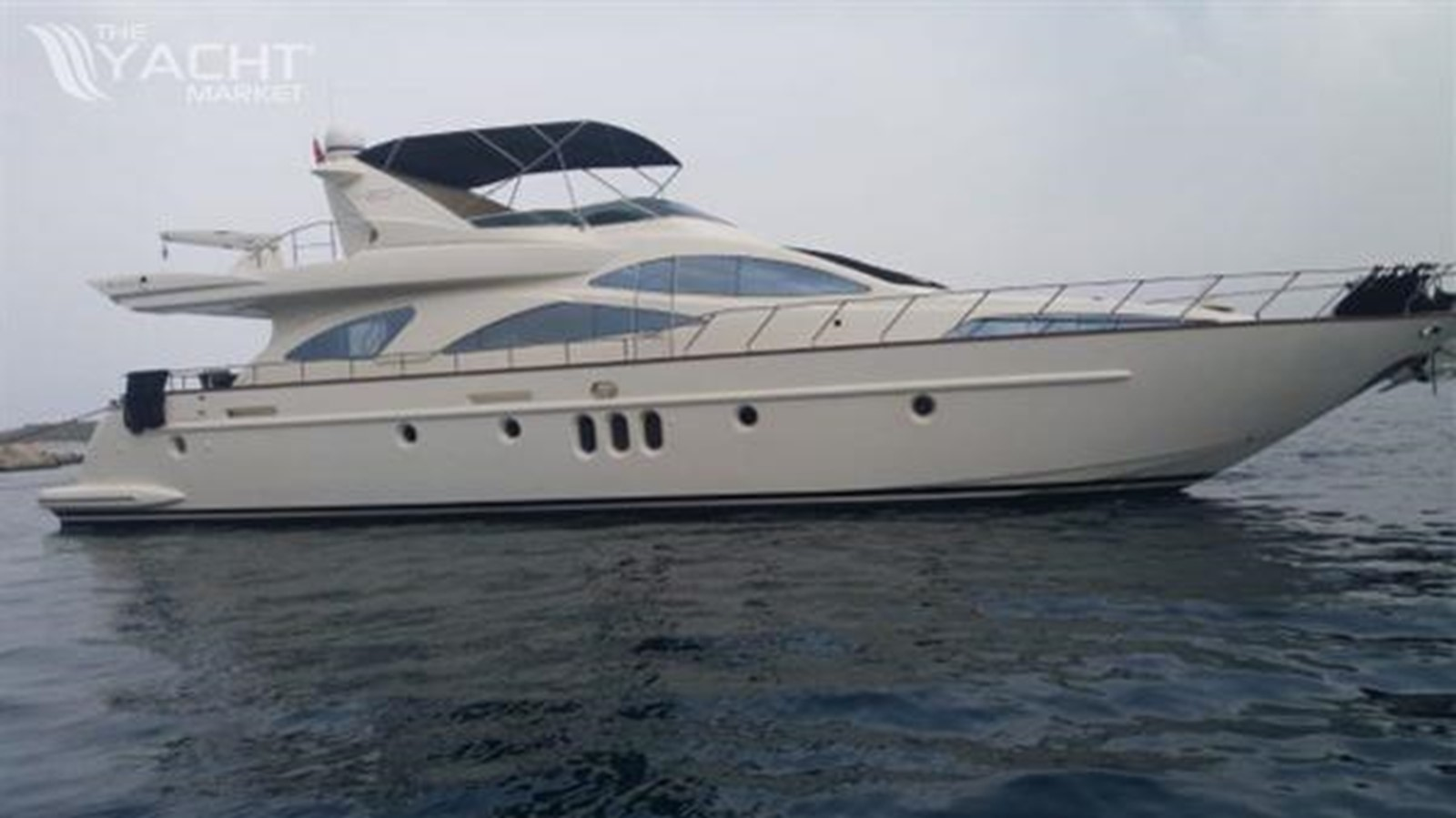 2004 AZIMUT  Motor Yacht 2442056