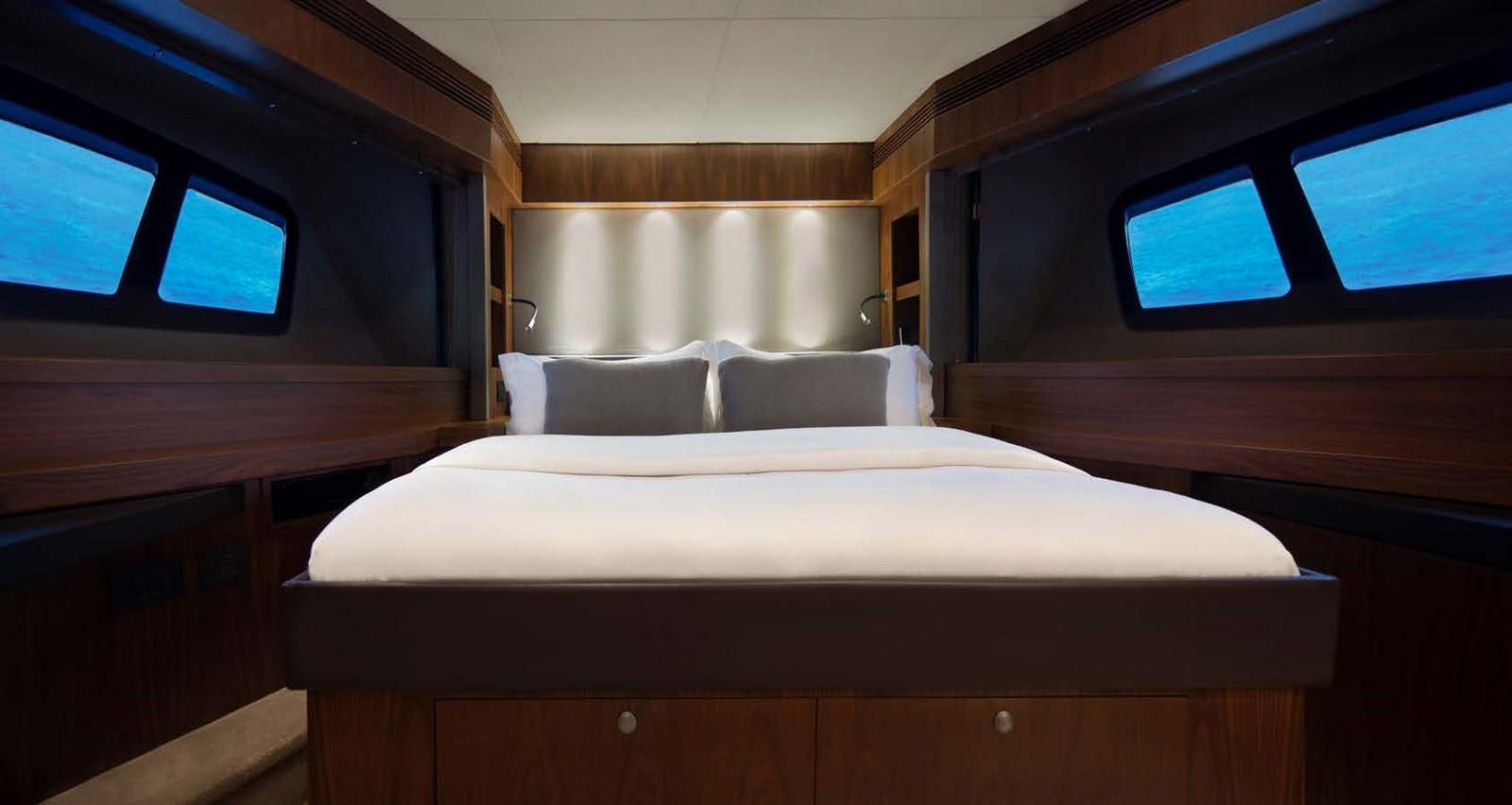 2013 SUNSEEKER  Motor Yacht 2482565
