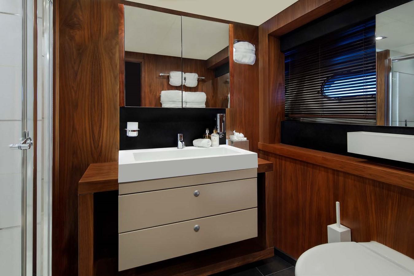 2013 SUNSEEKER  Motor Yacht 2482566