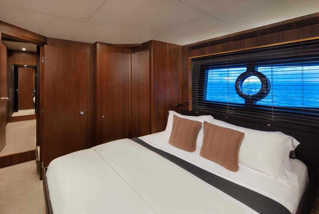 2013 SUNSEEKER  Motor Yacht 2482567