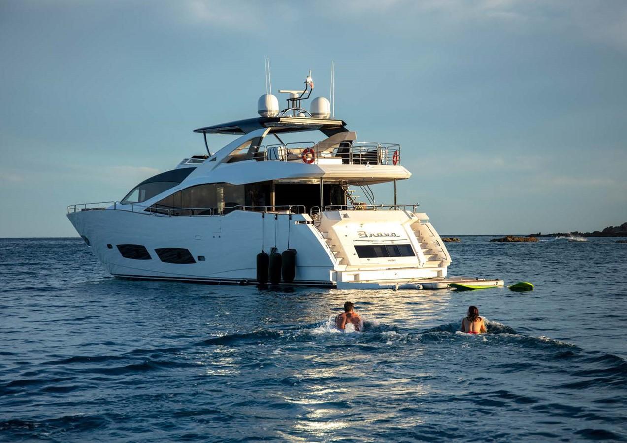 2013 SUNSEEKER  Motor Yacht 2482578