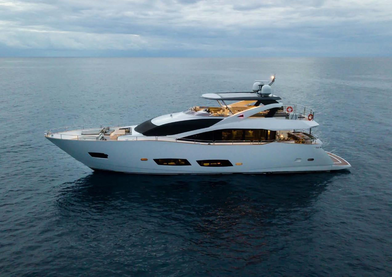 2013 SUNSEEKER  Motor Yacht 2482579