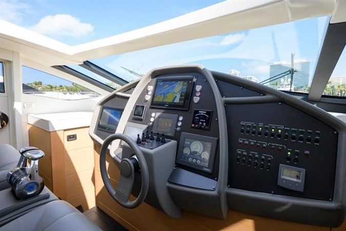 2009 PERSHING 2009 Cruiser 2443114
