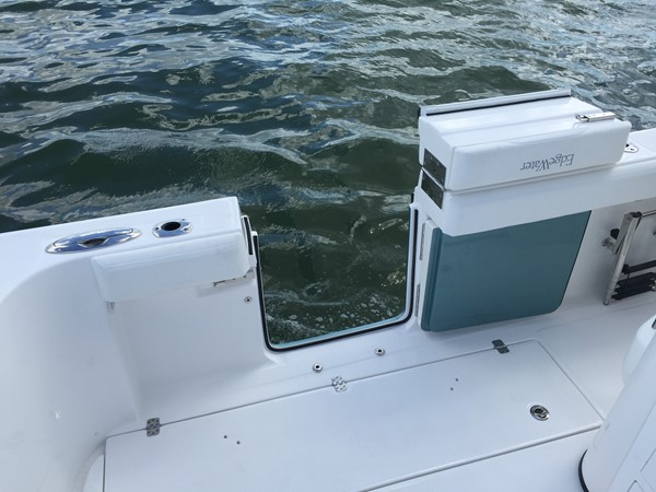 2017 EDGEWATER 368cc Center Console 2443970