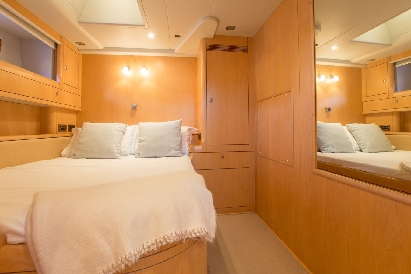 2010 OYSTER YACHTS Oyster 82 Cruising Sailboat 2485467