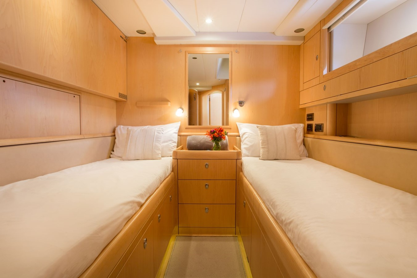 2010 OYSTER YACHTS Oyster 82 Cruising Sailboat 2485469