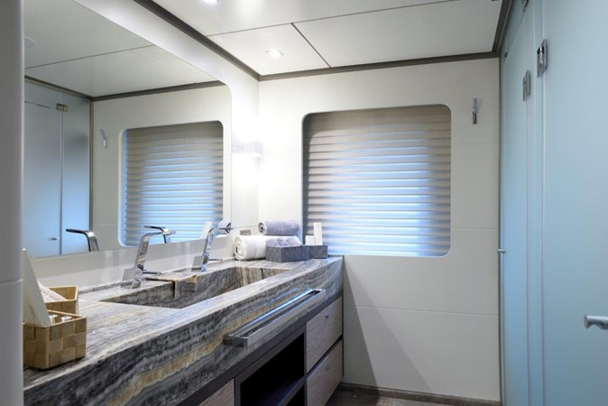 VIP Bath 2019 ADA YACHT WORKS Twin Screw Flybridge Sailing Yacht Sloop 2624893