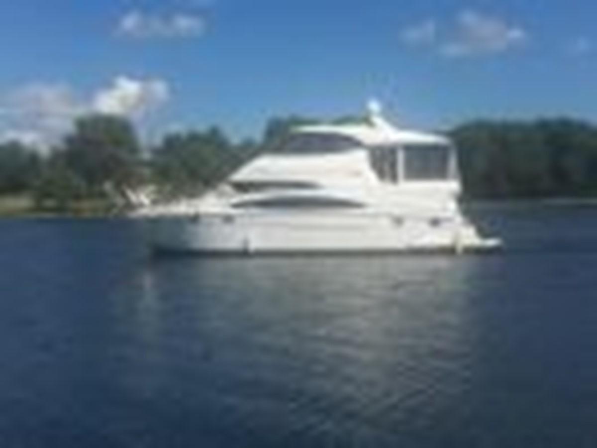 2000 CARVER  Motor Yacht 2445896