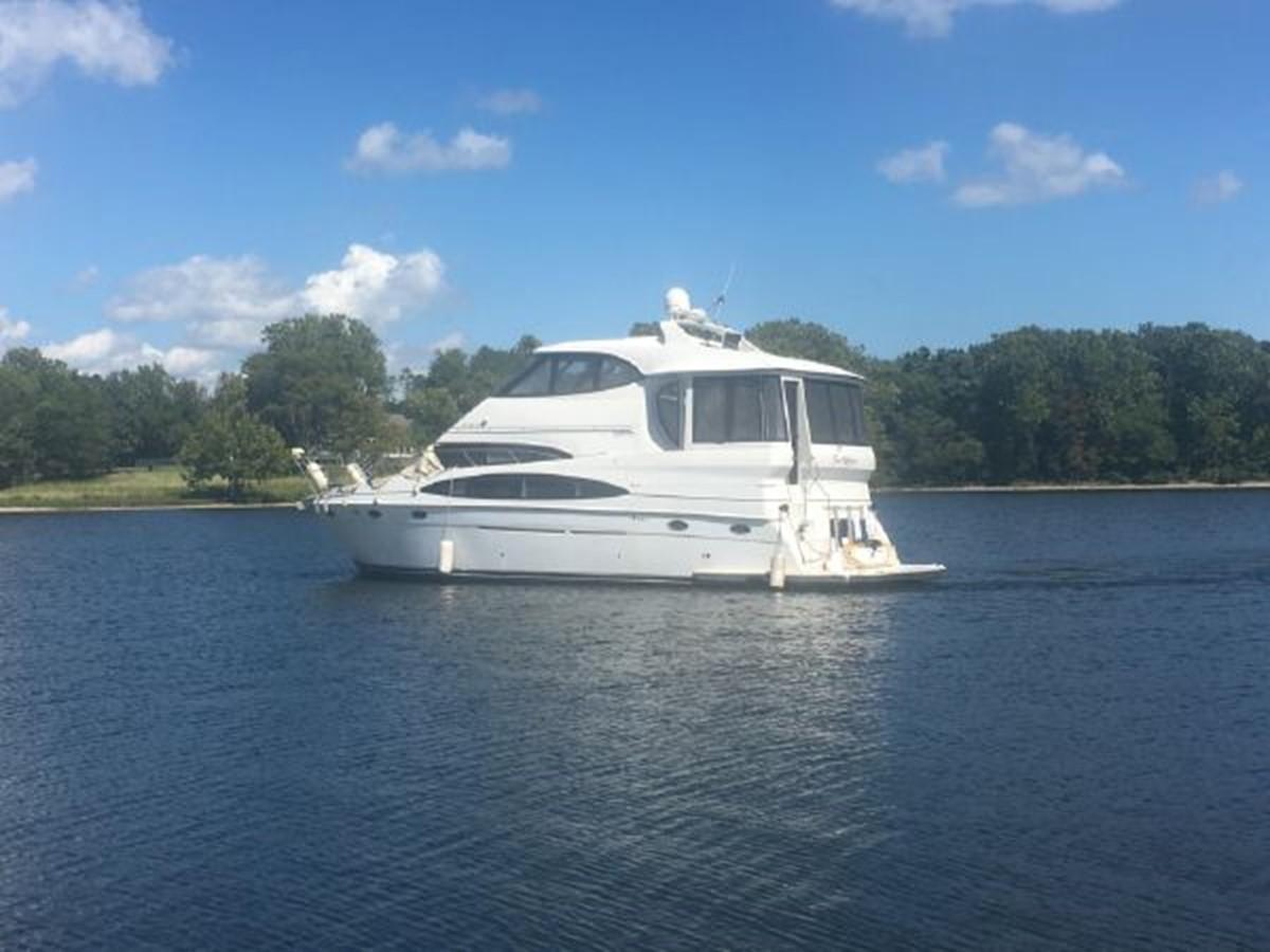 2000 CARVER  Motor Yacht 2445897