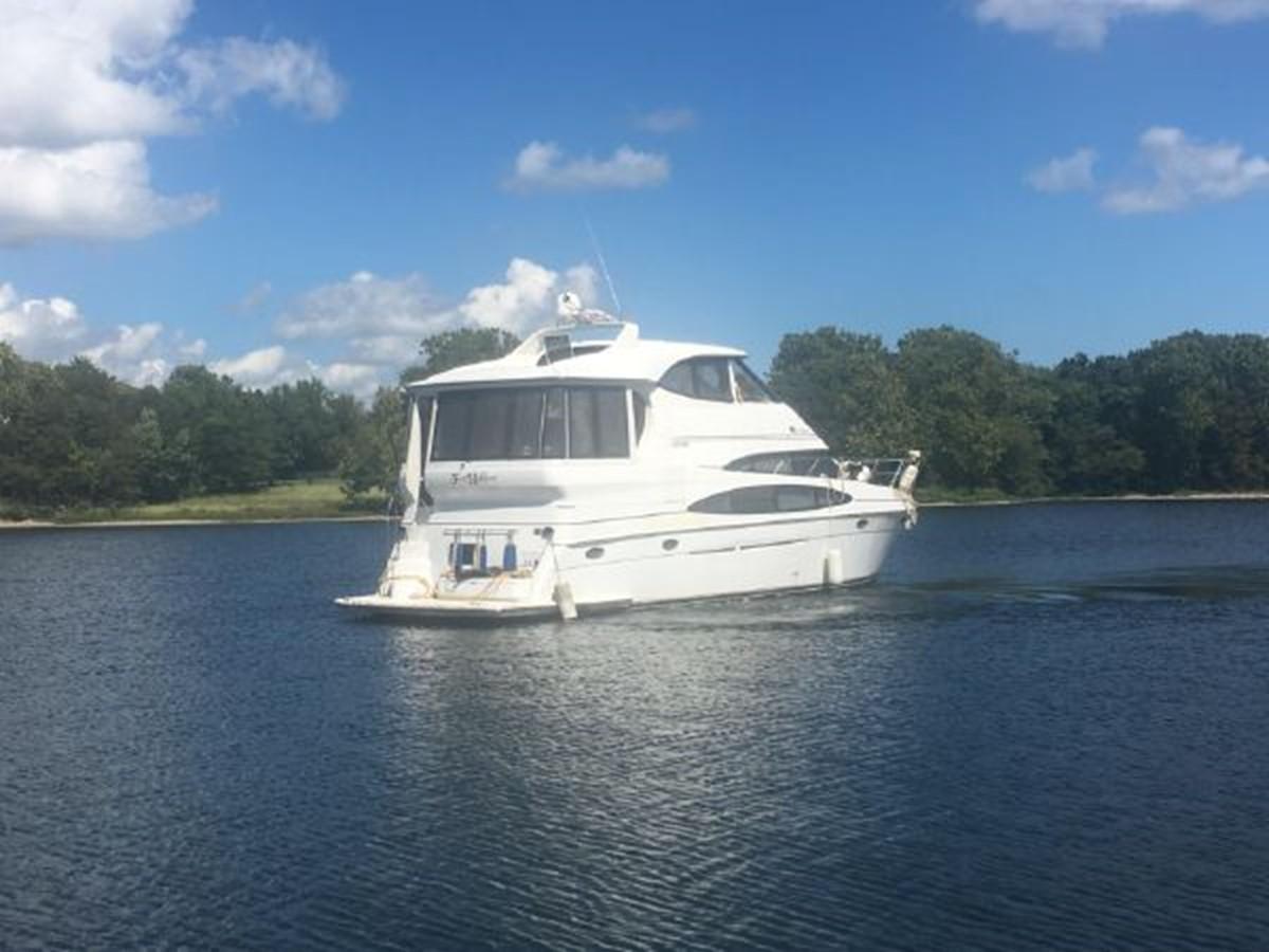 2000 CARVER  Motor Yacht 2445899
