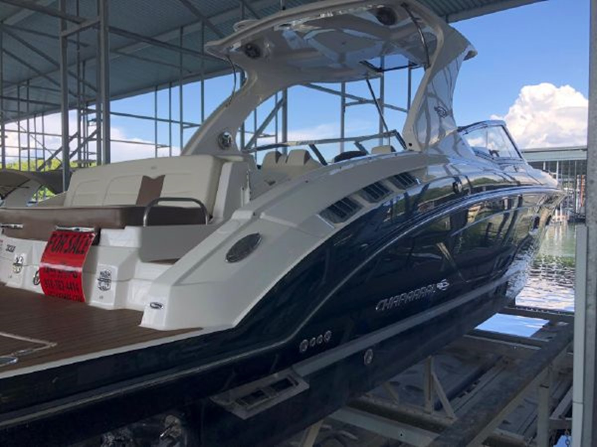 2016 CHAPARRAL  Runabout 2445904