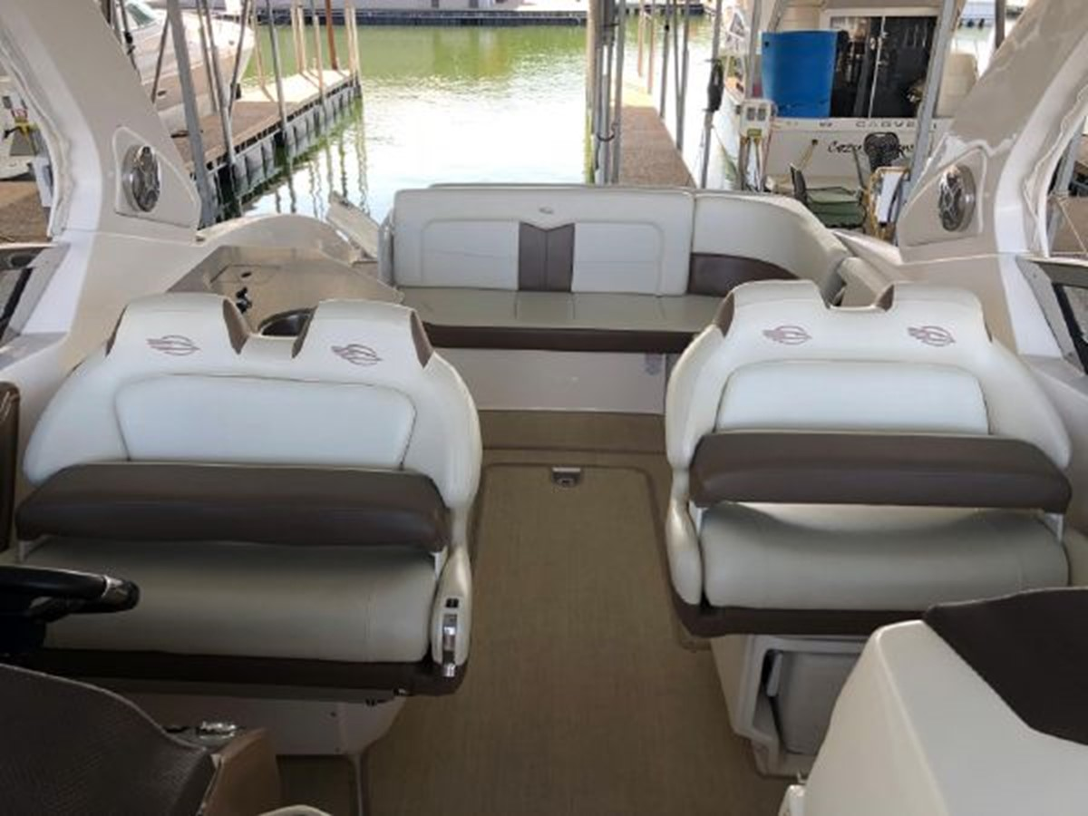 2016 CHAPARRAL  Runabout 2445908