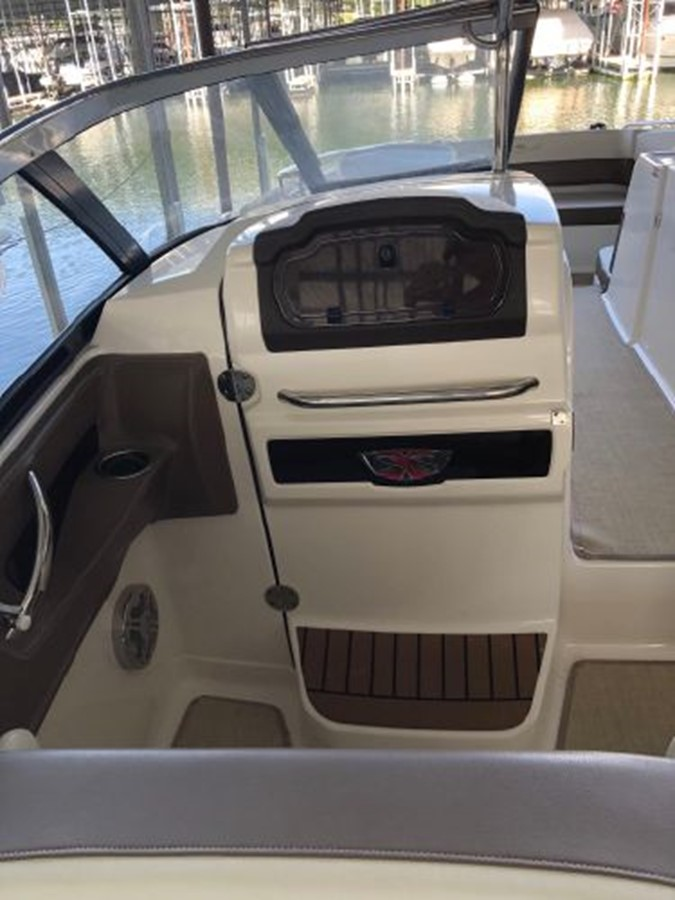 2016 CHAPARRAL  Runabout 2445914