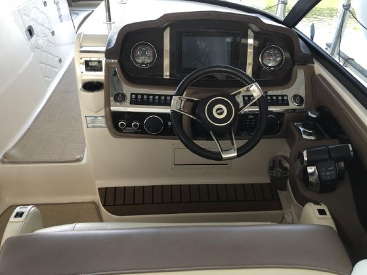 2016 CHAPARRAL  Runabout 2445915