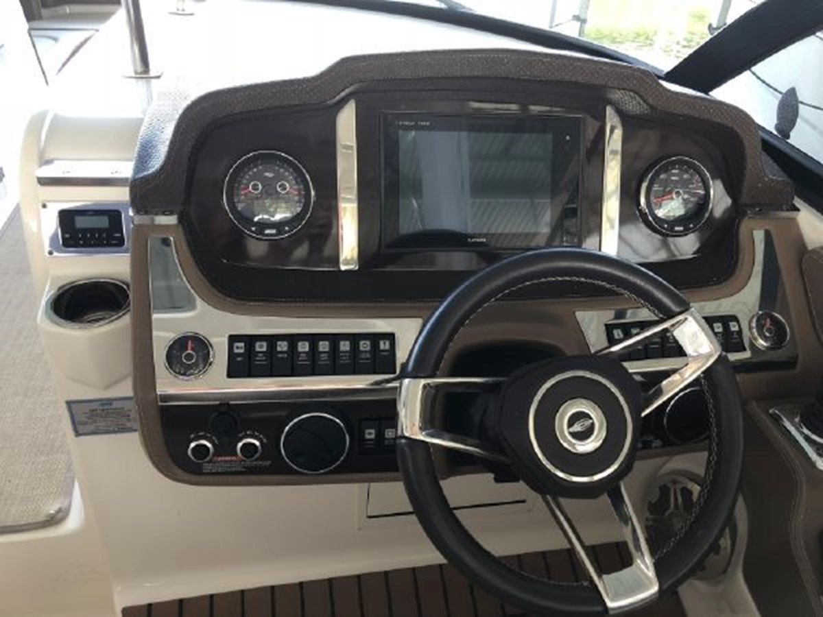 2016 CHAPARRAL  Runabout 2445921