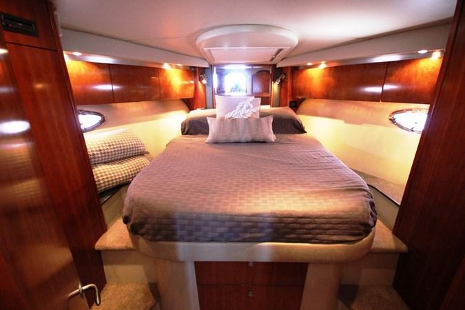 Forward Stateroom Master (2) 2007 Cruisers Yachts 447 Sport Sedan Cruiser 2445992
