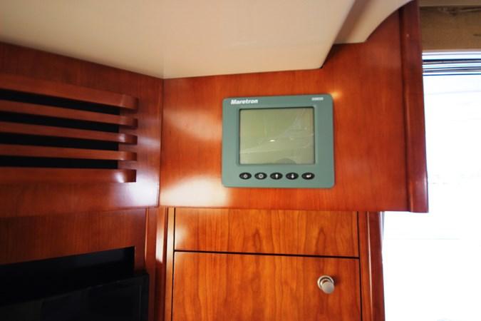 Maretron vessel monitoring system 2007 Cruisers Yachts 447 Sport Sedan Cruiser 2446002