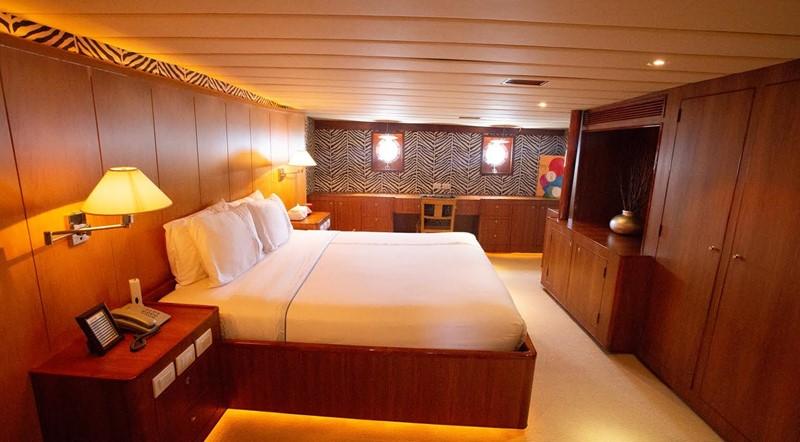 1978 MITSUBISHI  Motor Yacht 2446657