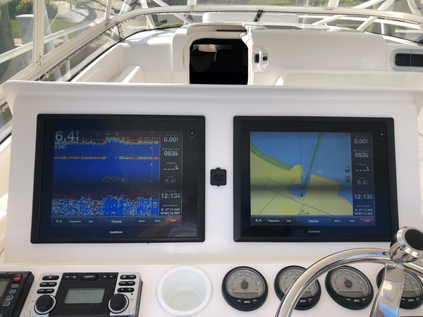 Electronics 2013 INTREPID 390 Sport Yacht Cuddy Motor Yacht 2447187