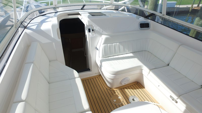 Forward Seating 2013 INTREPID 390 Sport Yacht Cuddy Motor Yacht 2447191
