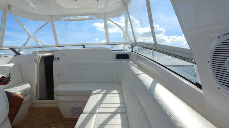 Forward Seating 2013 INTREPID 390 Sport Yacht Cuddy Motor Yacht 2447193
