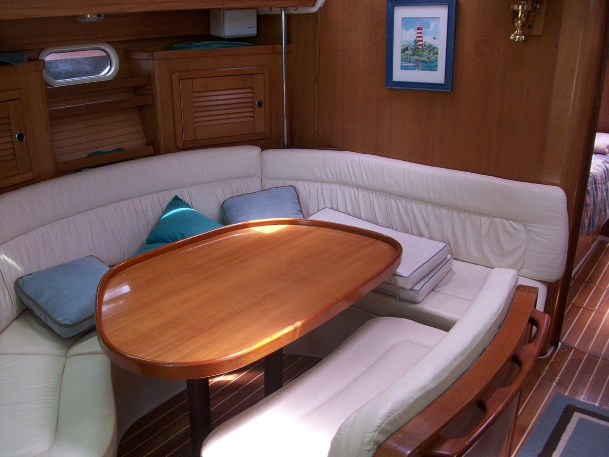 2001 CATALINA MKII Cruising Sailboat 2448802