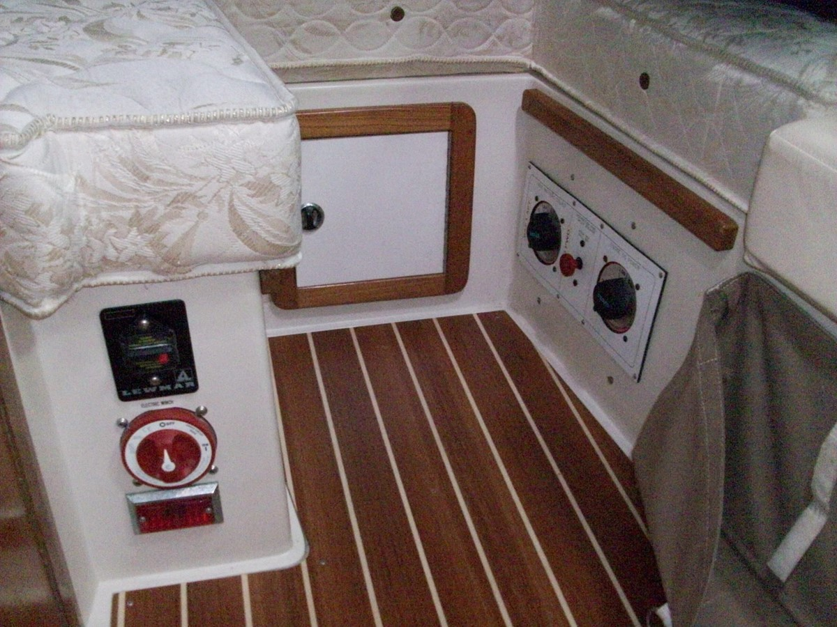 2001 CATALINA MKII Cruising Sailboat 2448806