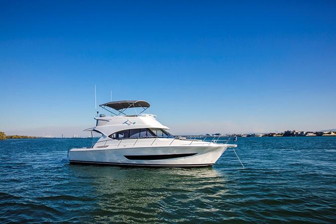 2020 RIVIERA 39 Sports Motor Yacht Motor Yacht 2448591
