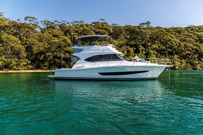 2020 RIVIERA 39 Sports Motor Yacht Motor Yacht 2448592