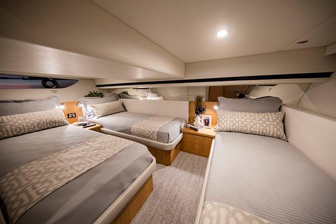 2020 RIVIERA 39 Sports Motor Yacht Motor Yacht 2448593