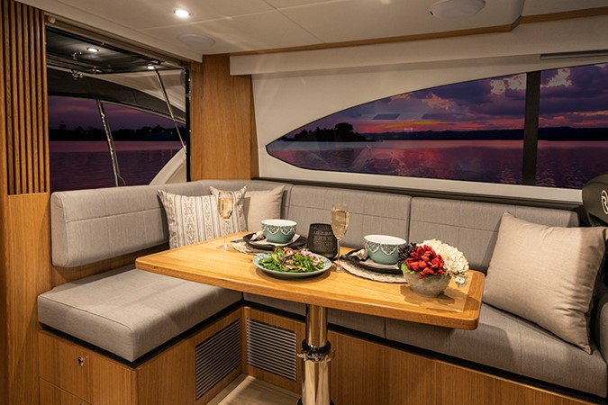 2020 RIVIERA 39 Sports Motor Yacht Motor Yacht 2448595