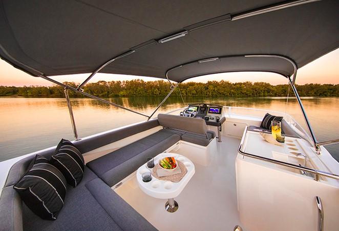 2020 RIVIERA 39 Sports Motor Yacht Motor Yacht 2448596