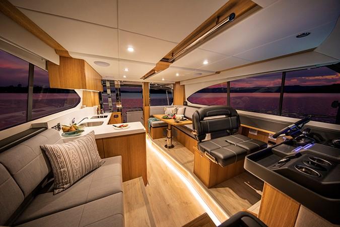2020 RIVIERA 39 Sports Motor Yacht Motor Yacht 2448603