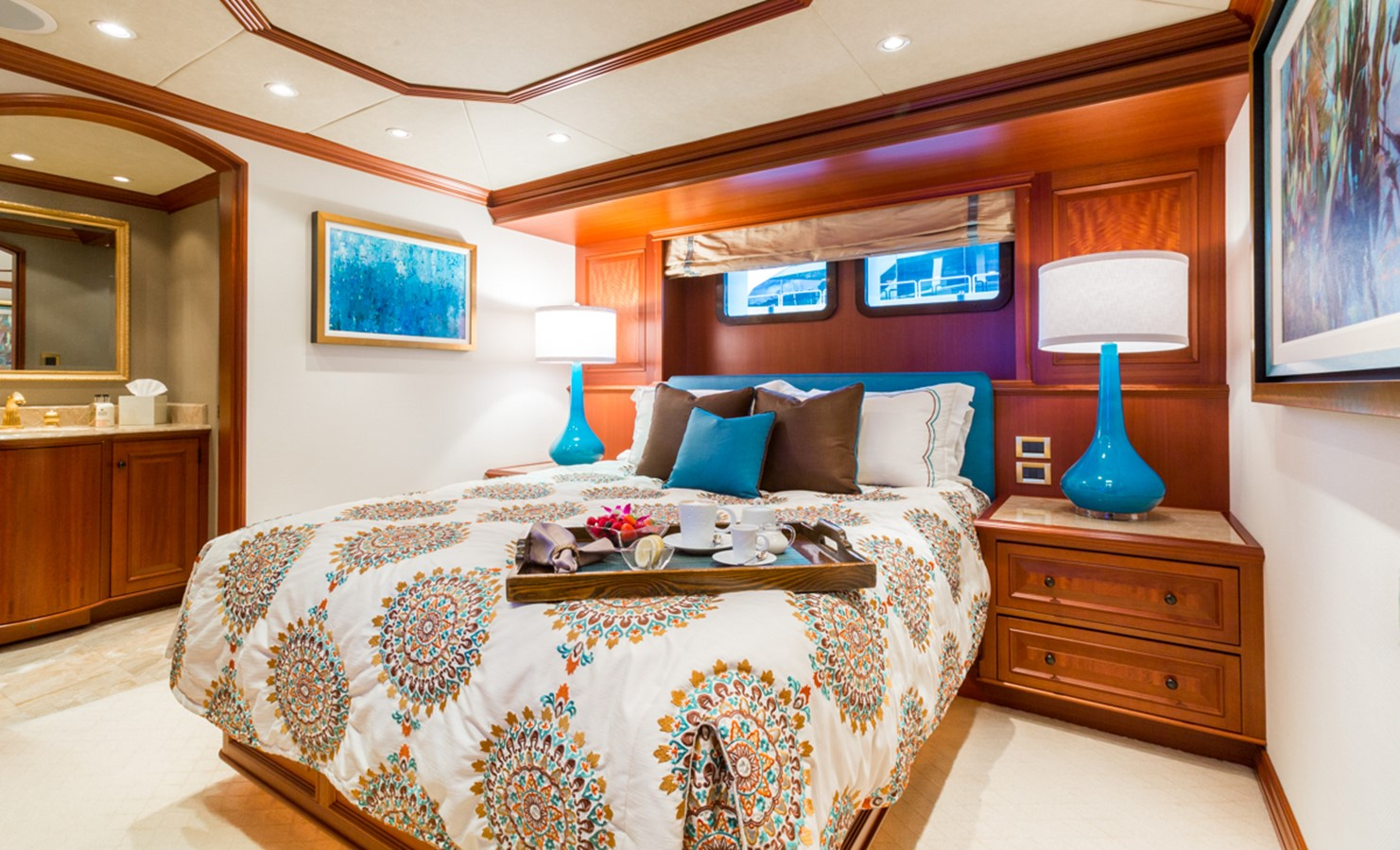 Guest Stateroom 2006 BURGER  Motor Yacht 2449170